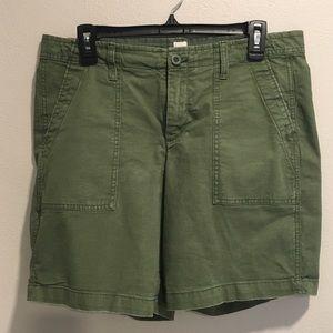 Gap Girlfriend Olive Chino Shorts